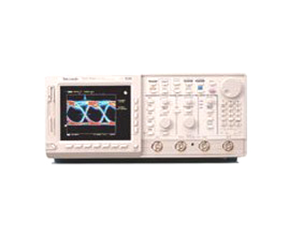 TEKTRONIX TDS784A OSCILLOSCOPE, DIGITIZING, 1 GHZ, 4 CH., 4GS/S, COLOR