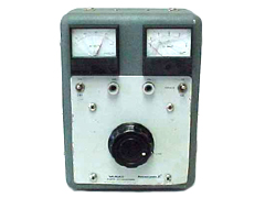GENERAL RADIO CORP W10MT3A VARIAC, METERED, 150 VOLT, 10 AMP.