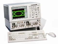 TEKTRONIX CSA8000 SIGNAL ANALYZER, COMMUNICATIONS M/F