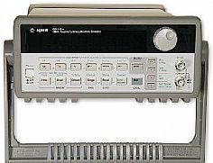 HP/AGILENT 33120A FUNCTION/ARBITRARY WAVEFORM GEN., 15 MHZ