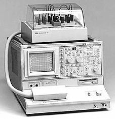 TEKTRONIX 371 CURVE TRACER, PROGRAMMABLE